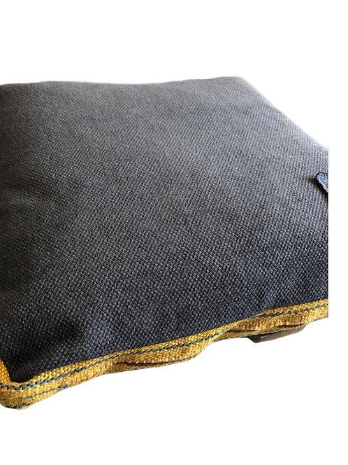Basic Kissen mit Streifenbordüre, Grau/Senf