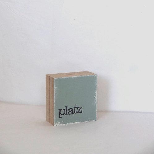 Mini Text-Holzblock, 'Platz' grau