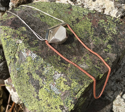 Linear collection, necklace