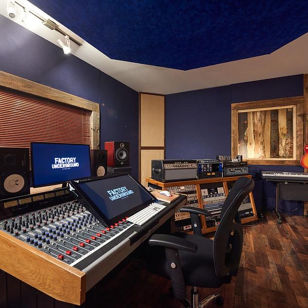 Factory Studio 4-6-16-0173-C1.jpg