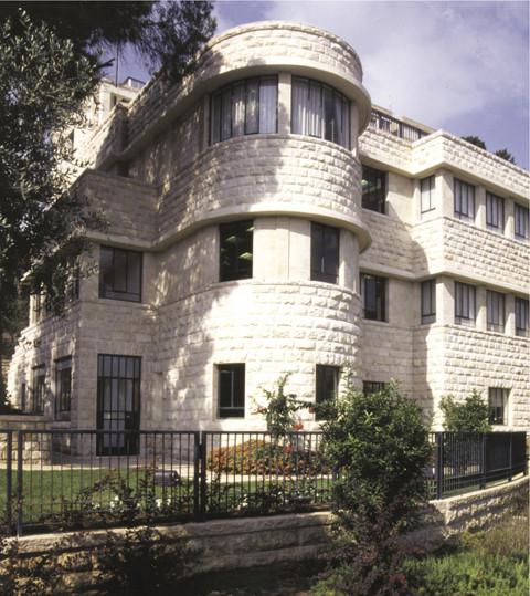 Gev Yam, Haifa