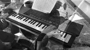 Quinta's #pianobites 5: Laurie Spiegel's The Unquestioned Answer