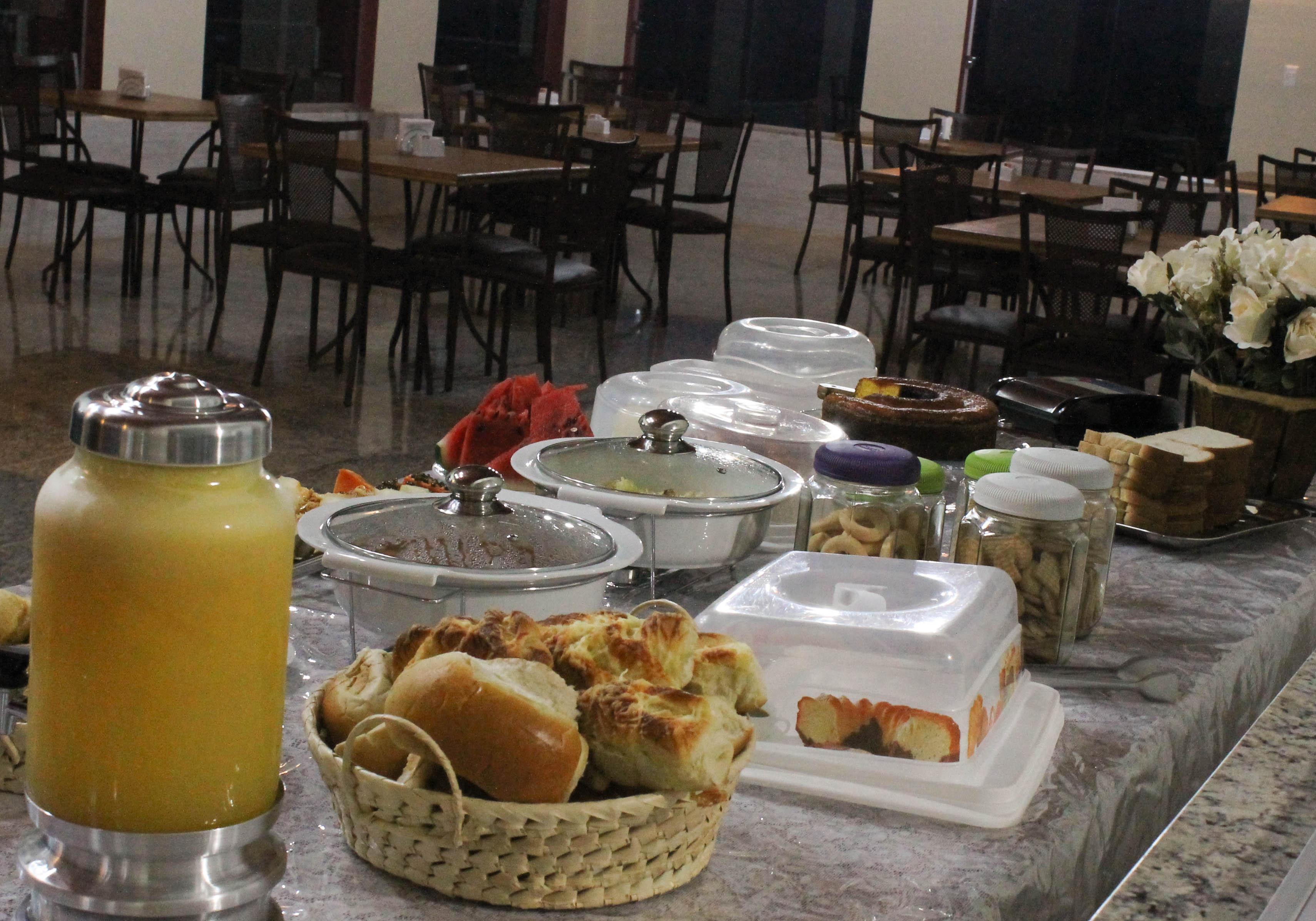 Café da manhã (restaurante).jpg
