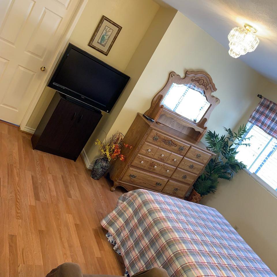 Private Master Bedroom #2