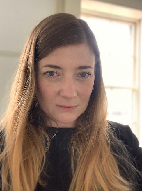 Sarah Lowndes - bio.jpg