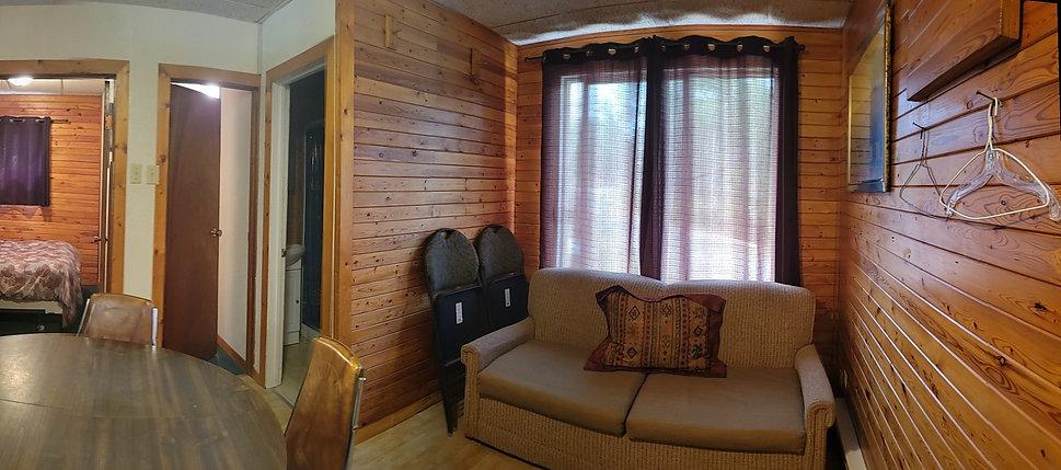 Cabin5 lIVINGROOM.jpg