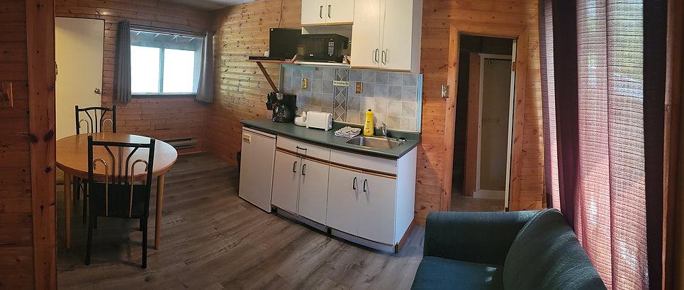 Cabin3 Kitchen.jpg