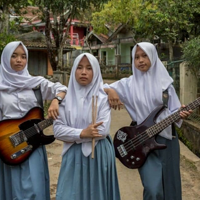 Heavy metal in hijabs