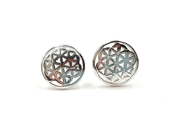 Mandala, daisy, daisy Mandala Earrings, Silver Daisy Mandala Earrings, Silver Daisy Studs, Sterling Silver Daisy Earrings,