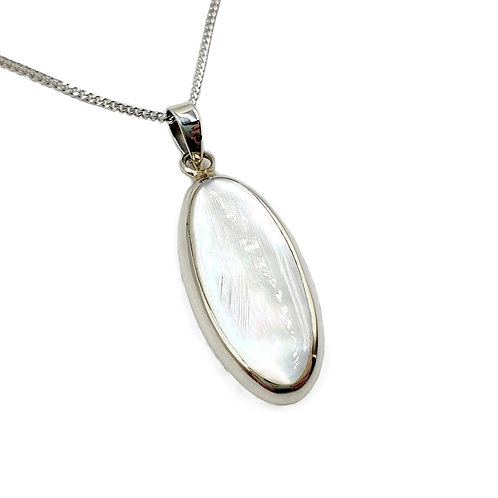 The Oval Mother of Pearl 925 Sterling Silver Necklace