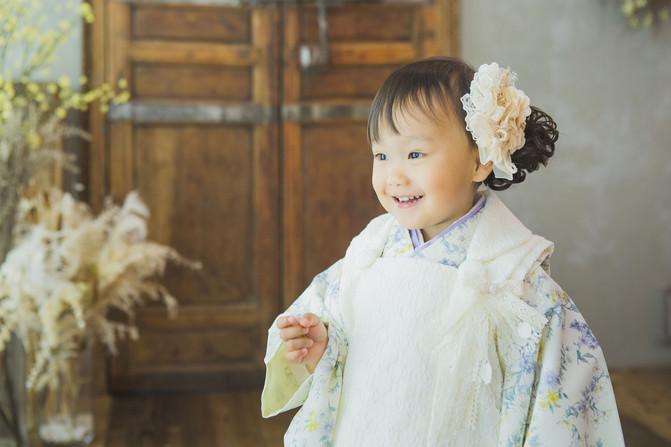 3歳 女の子 白