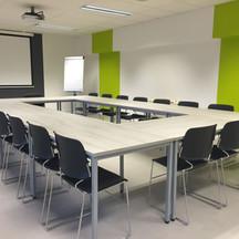 Meeting Room_M.jpg