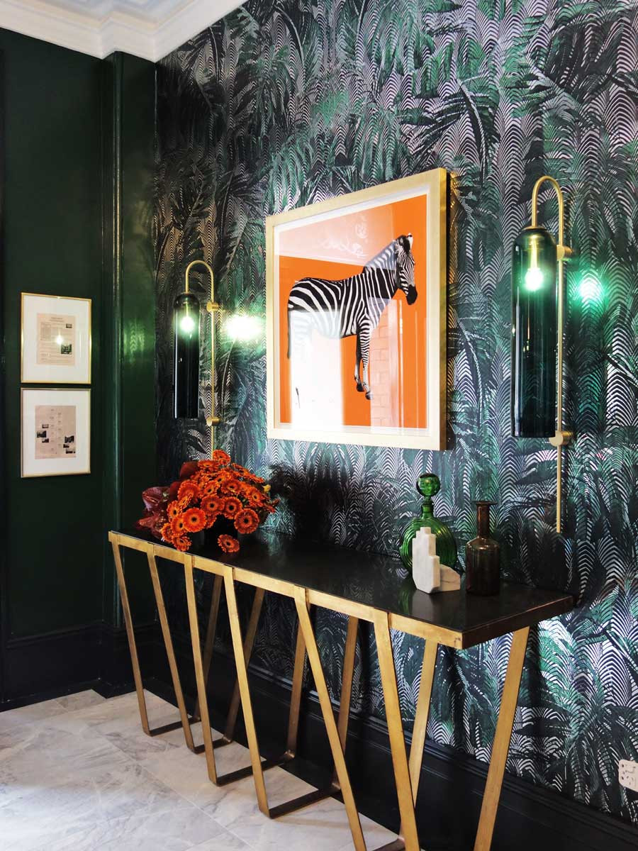 bold wallpaper for luxury-glamour décor