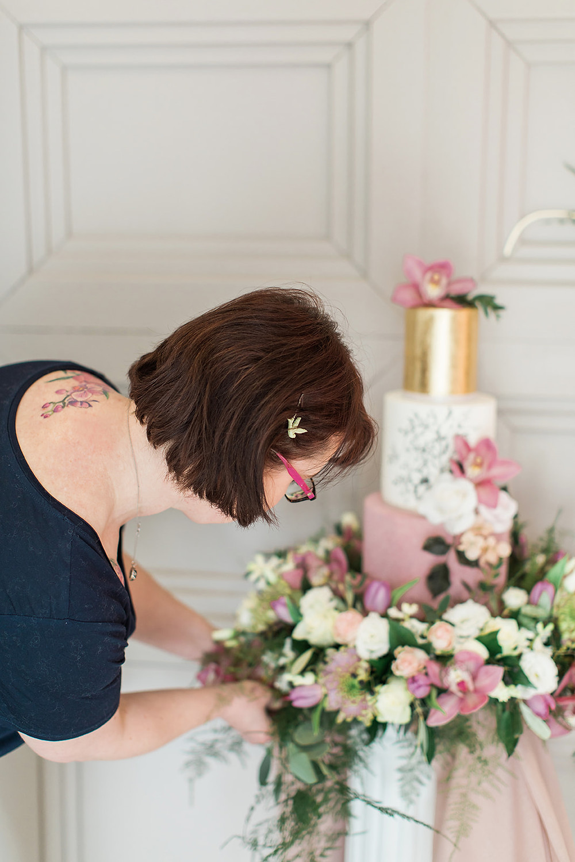 wedding flowers charlton hall florist balloons pink cake