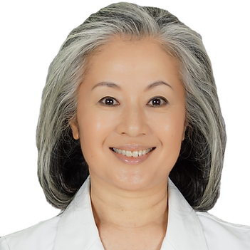 Picture of smiling Naomi Takazawa Welch, acupuncturist and president of TAKAZAWA ACUPUNCTURE