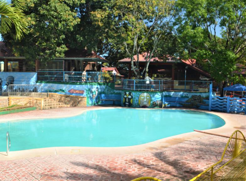 malamig magswimming sa malamig park reso