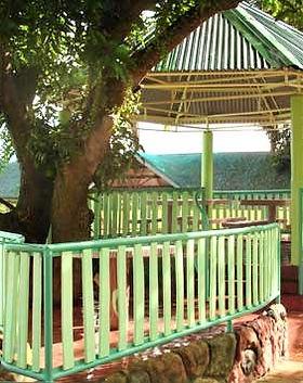 5 MALAMIG resort cottages.jpg