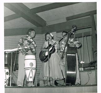 Johnny Ukulele Trio.jpg