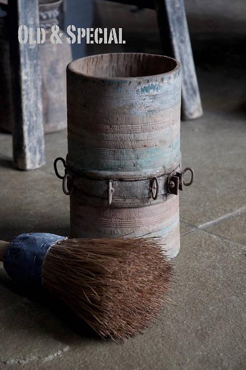 Authentieke houten vaas