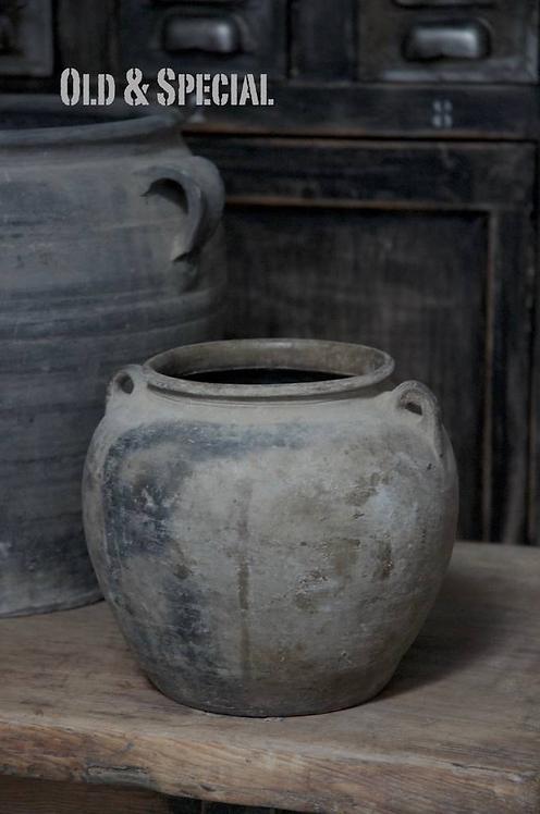 Oude terracotta vaas 19