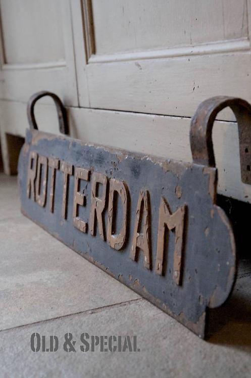 Oude naamplaat Rotterdam