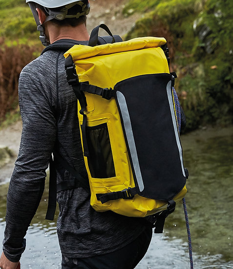 TITAN WATERPROOF BACKPACK