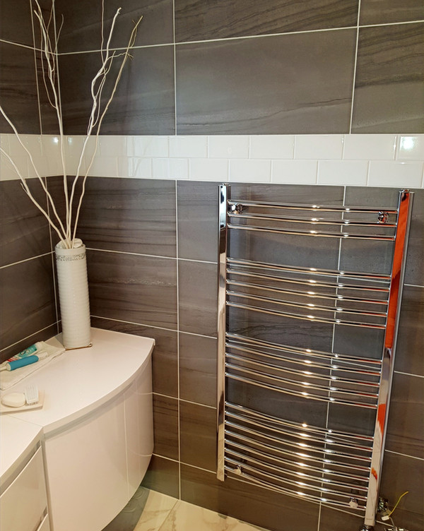 Bathroom tiling flooring radiator