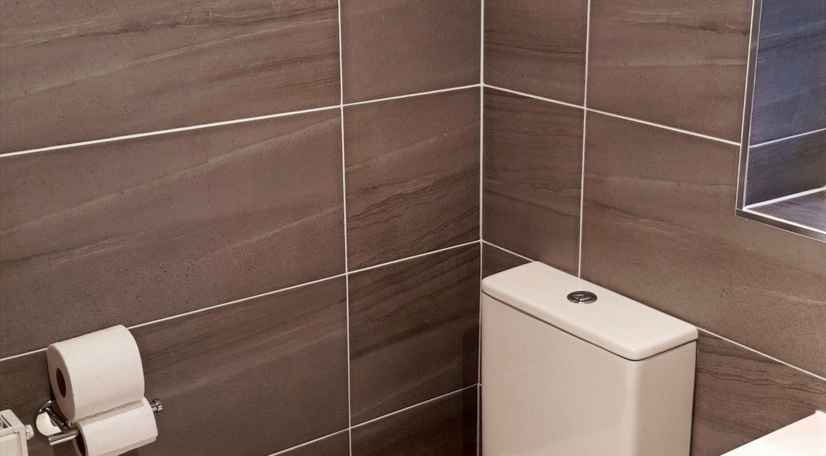 Bathroom toilet tiling flooring