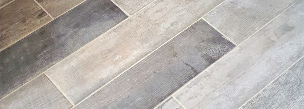 wood effect bathroom flooring