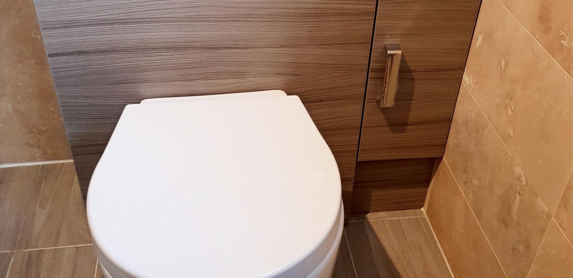 Toilet unit tiling flooring