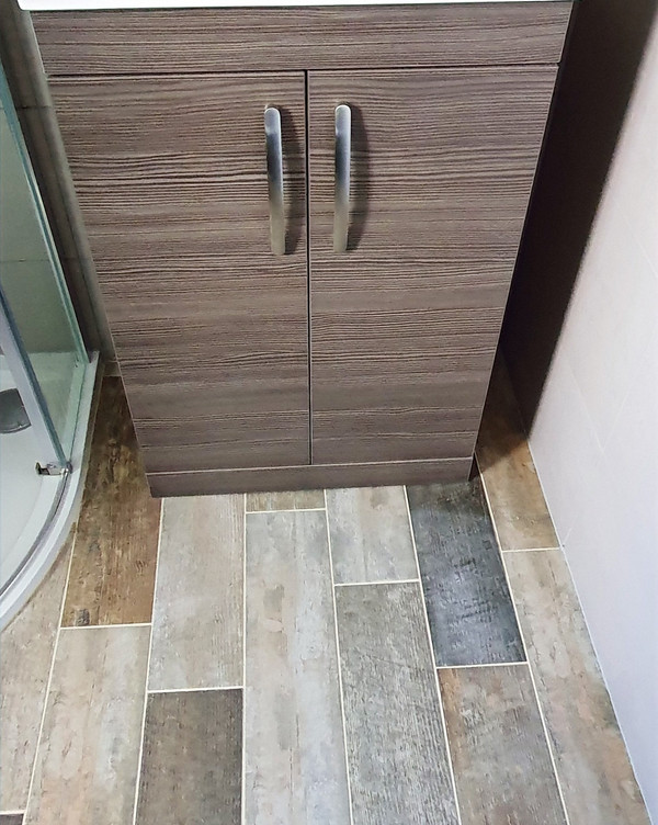 Sink unit and flooring