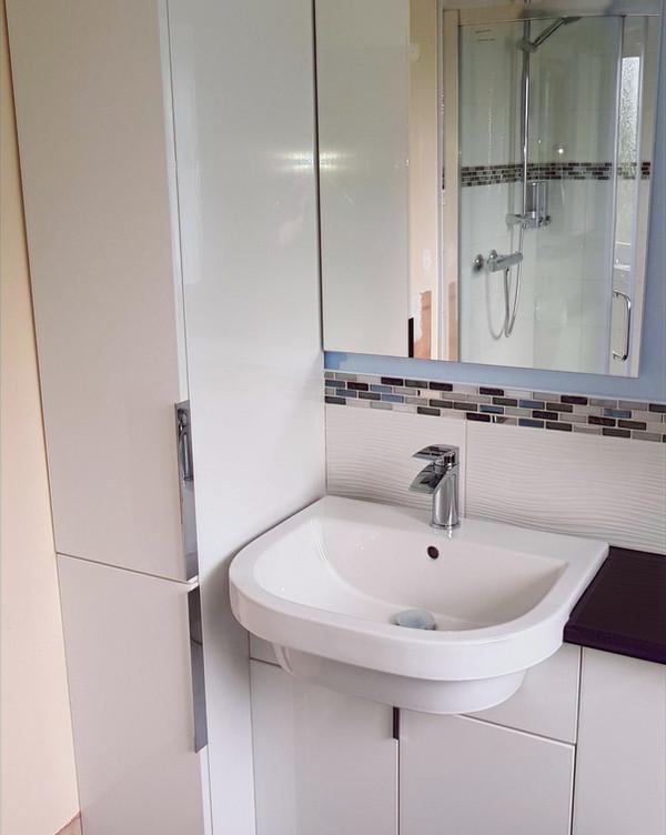 Bathroom sink and cupboard units sink mirror
