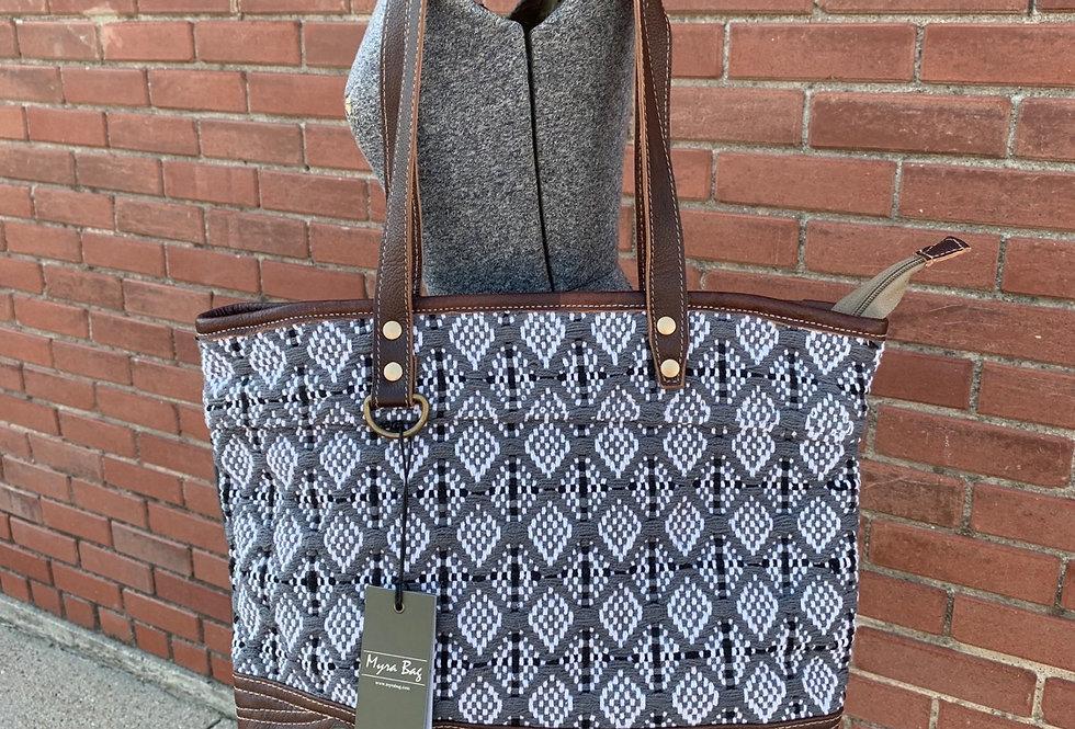 Classio Tote Bag