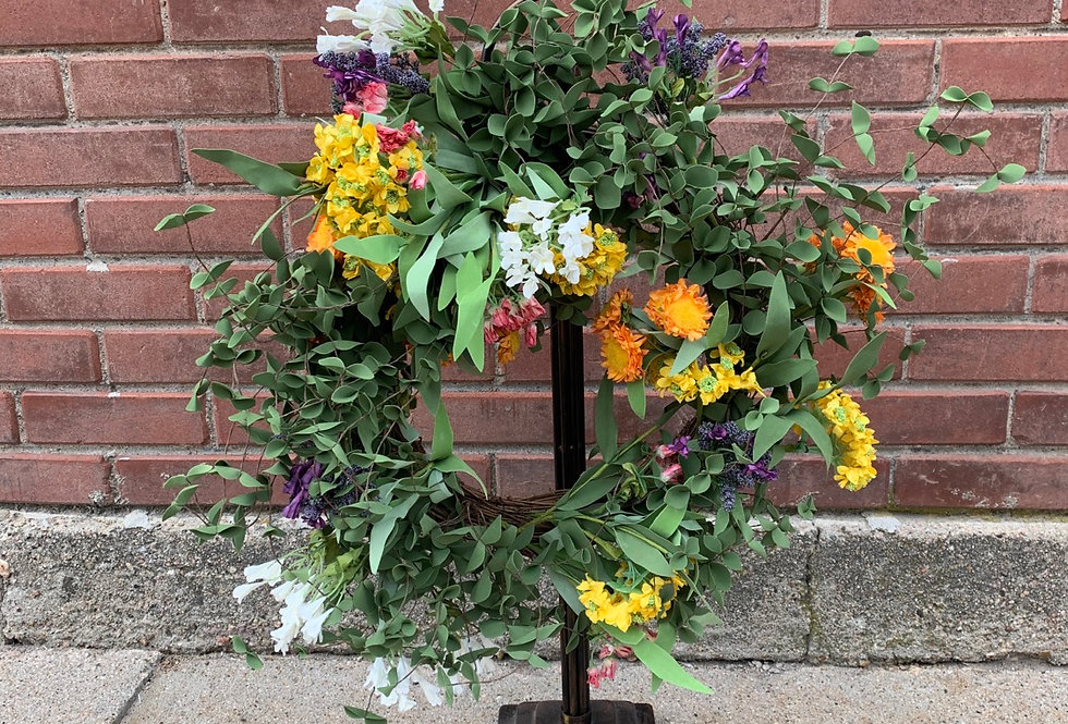 Pop of Color Spring Wreath