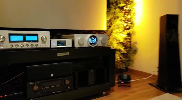 Feel Different áudio high end
