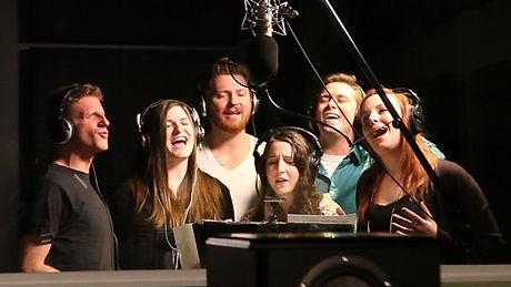 Singers 1.jpg