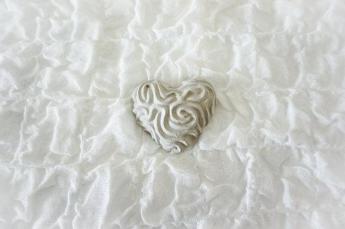 Herz mit Wellenmuster