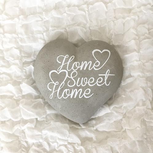 "Herzform mit Schriftzug ""Home Sweet Home"""