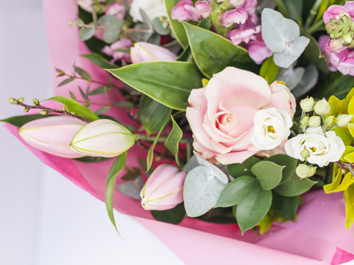 Mothers Day flower delivery service & gift ideas | Moonflower Cobham