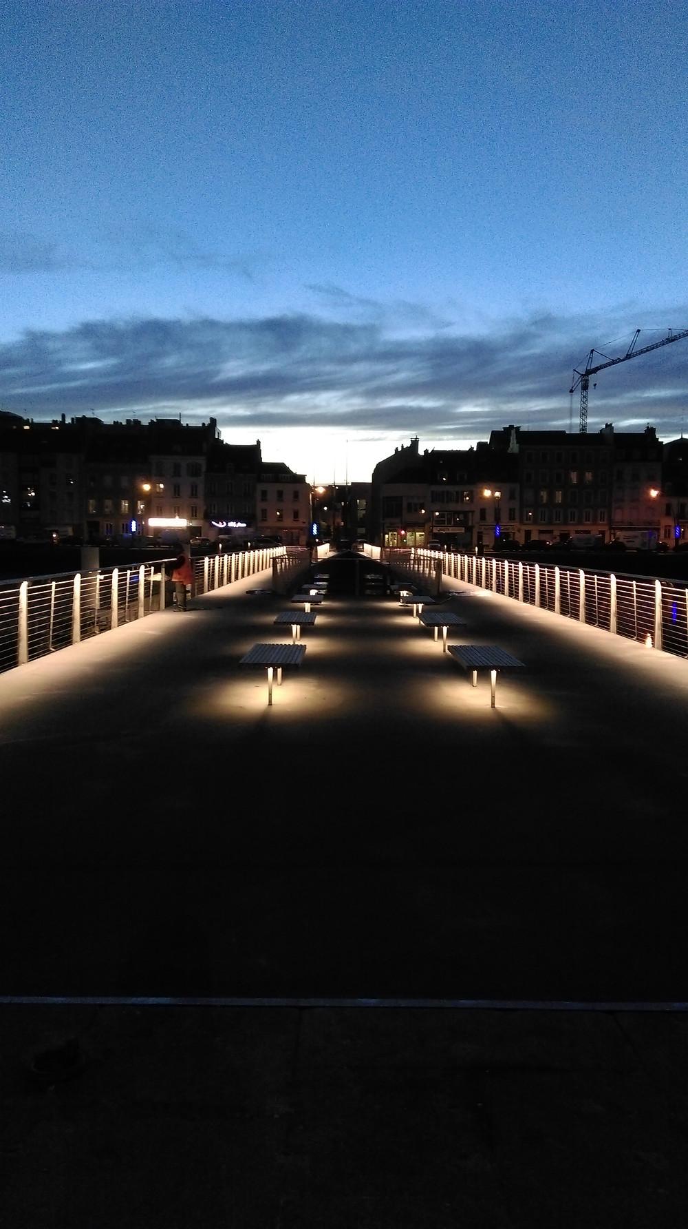 La Passerelle du bassin du Commerce s'illumine !