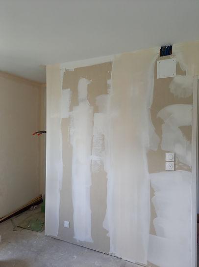 mur avant peinture
