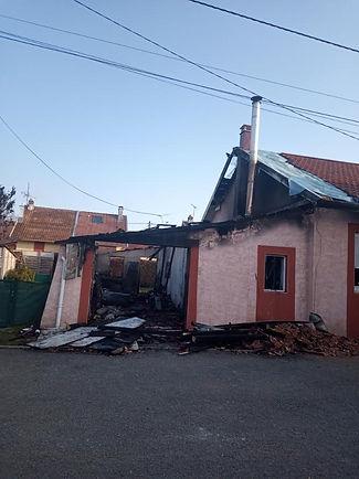 maison détruite par incendie