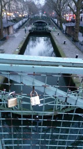 Amoureux en vue? Canal Saint-Martin