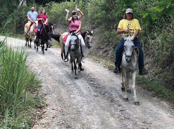 villeta_caballos2.jpg