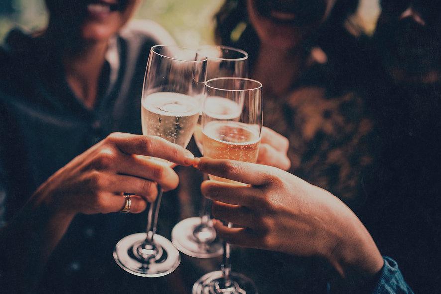 Cheers_edited_edited_edited.jpg