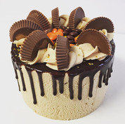 Peanut butter cup drip cake made special