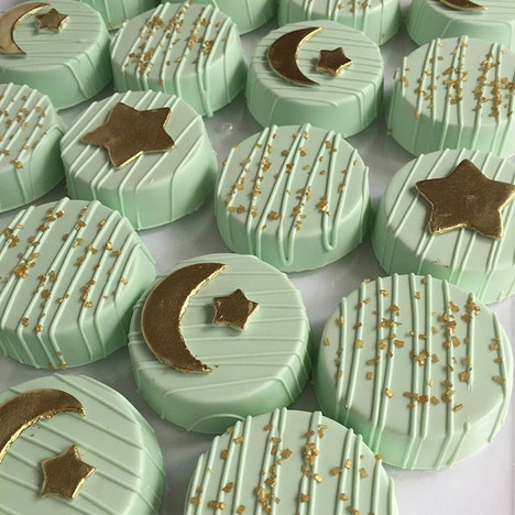 Mint & Gold Star Chocolate Covered Oreos