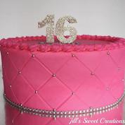 Pink & Silver sweet 16 cake 💕