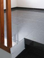 Natursteinboden, Granitboden, Granit verlegen, Naturstein verlegen, Echtstein, Granit, Stone - Line, Echtstein aussen, Ectstein innen