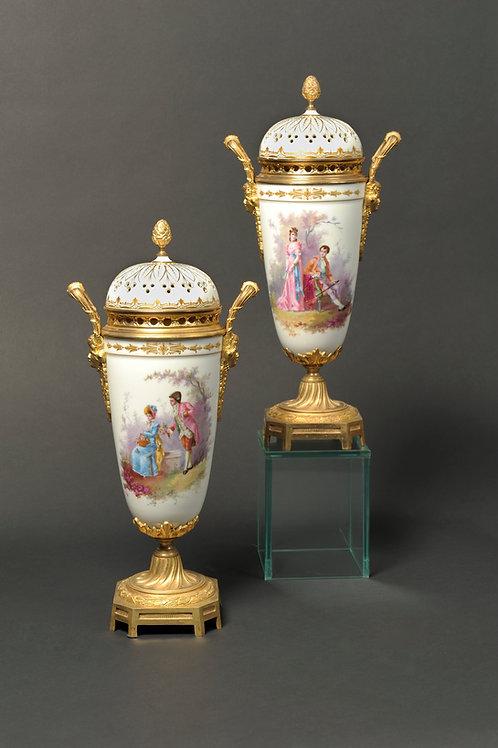 1 Paar Potpouri-Vasen